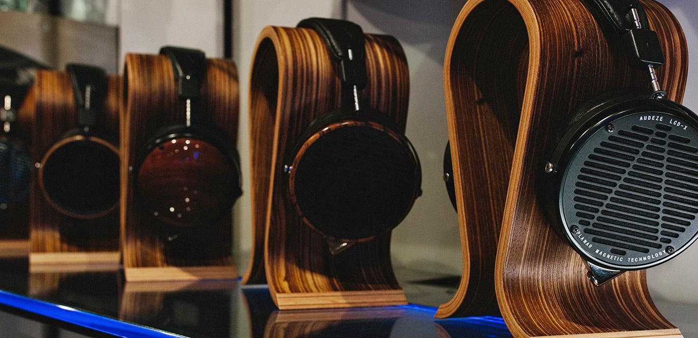 Headphones & Earphones | Unilet Sound & Vision
