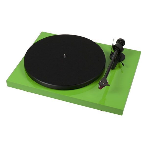Pro-Ject Debut Carbon DC Turntable | Unilet Sound & Vision